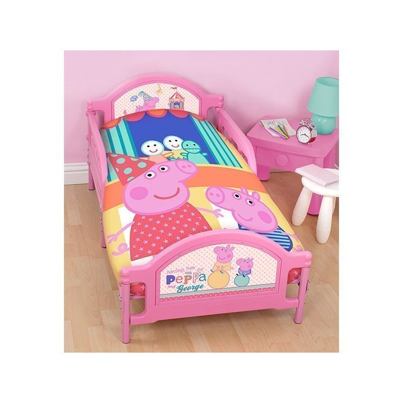 housse de couette peppa pig pour petit lit junior. Black Bedroom Furniture Sets. Home Design Ideas