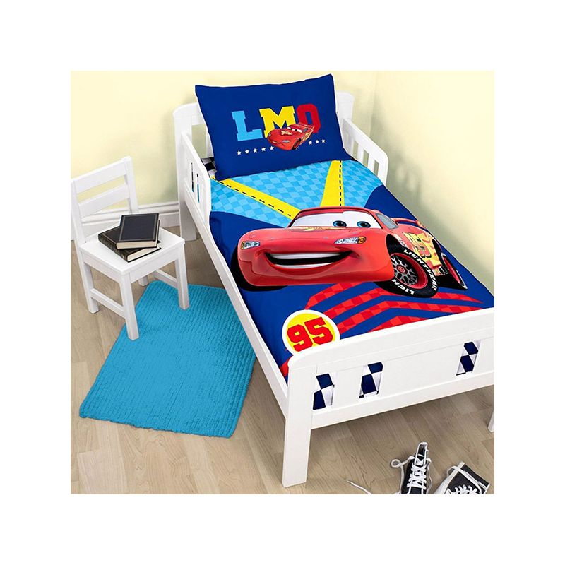 housse couette cars junior pour lit 70x140 cm. Black Bedroom Furniture Sets. Home Design Ideas