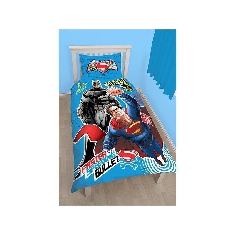 parure de lit batman et superman pour enfant bleu. Black Bedroom Furniture Sets. Home Design Ideas
