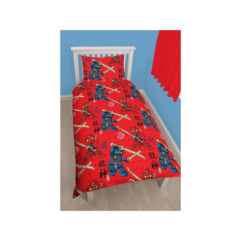 parure de lit lego ninjago draps pour lit enfant. Black Bedroom Furniture Sets. Home Design Ideas