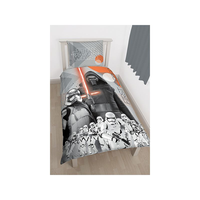 housse de couette star wars kylo ren rivalry. Black Bedroom Furniture Sets. Home Design Ideas