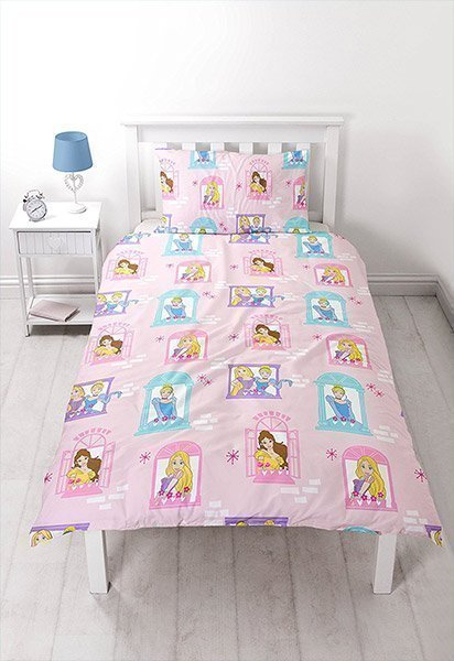housse de couette simple princesses disney 140x200 raiponce. Black Bedroom Furniture Sets. Home Design Ideas
