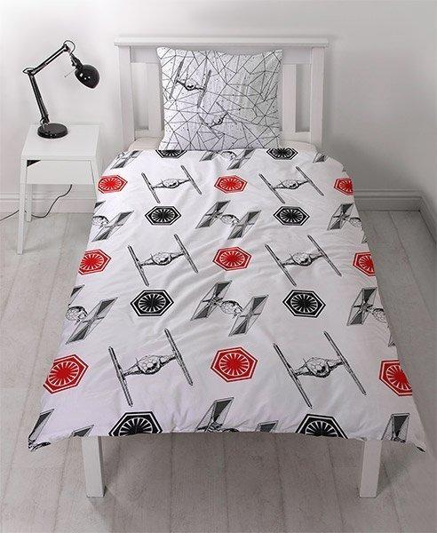 draps de lit lego star wars dark vador et troopers. Black Bedroom Furniture Sets. Home Design Ideas